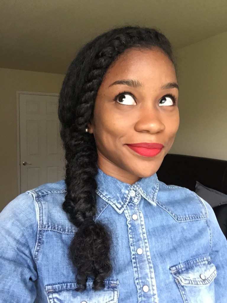 Hair: How to rock fishtail braid hairstyle? Learn from ... |Side Fishtail Braid With Curls