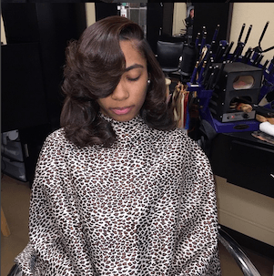 Hair Extensions with curls - bob