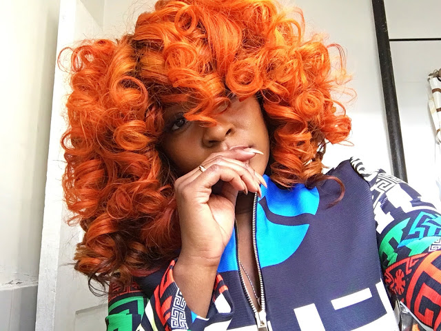orange-curls-on-stafani