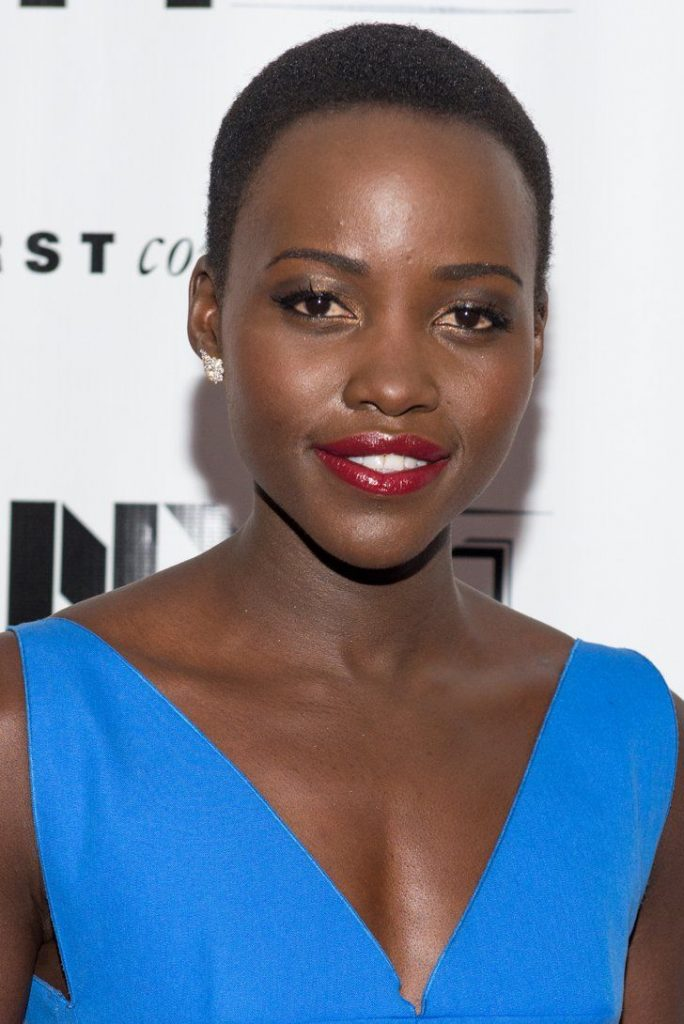 Lupita Nyong bald head picture.